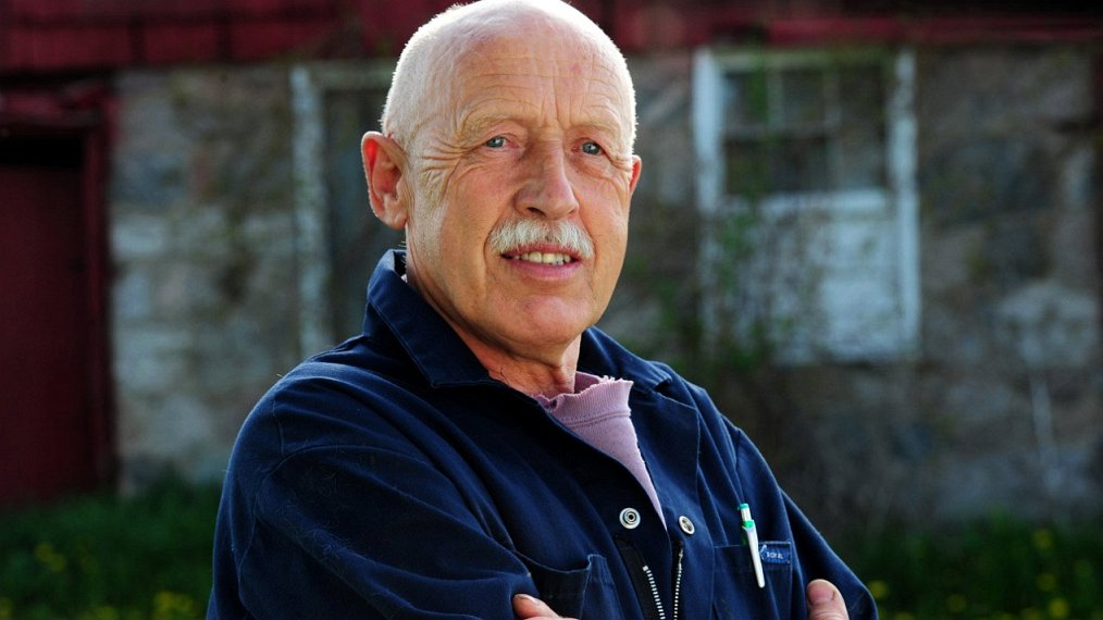what time is The Incredible Dr. Pol on