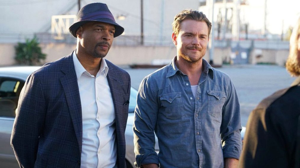What time is lethal weapon on tonight-3672