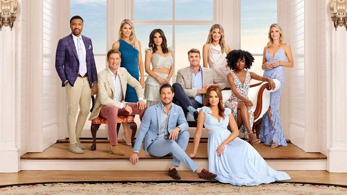 Murdoch Mysteries Christmas Special 2021 Murdoch Mysteries Season 14 Release Date Time Details Tonights Tv